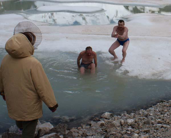 купание в озере Башкара
